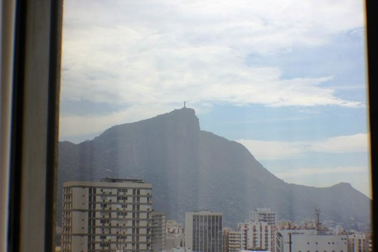 Hotel Marina Palace Rio Leblon: view from the room to Christ the Reedemer