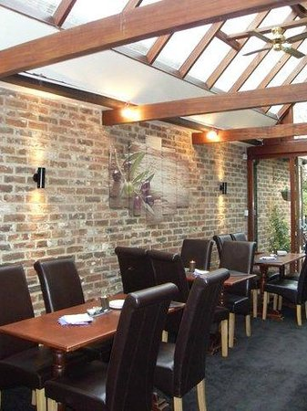 Midhurst, UK: The olive and vine's restaurant