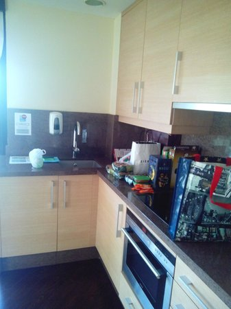Valencia Rental: Cocina Apartamento 3 personas.