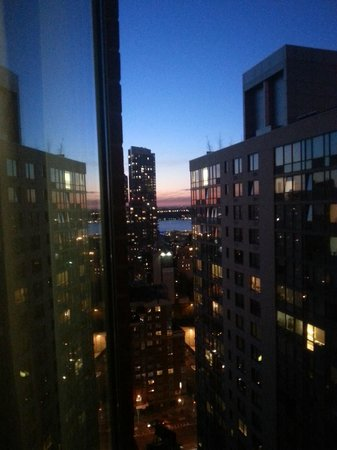 DoubleTree Suites by Hilton Hotel New York City - Times Square : 26th floor
