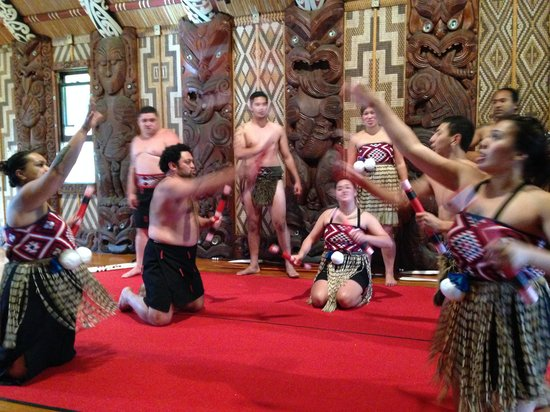 Waitangi Treaty Grounds: Cultural Show