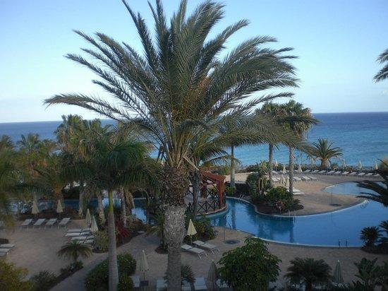 Hotel R2 Pajara Beach: coin piscine