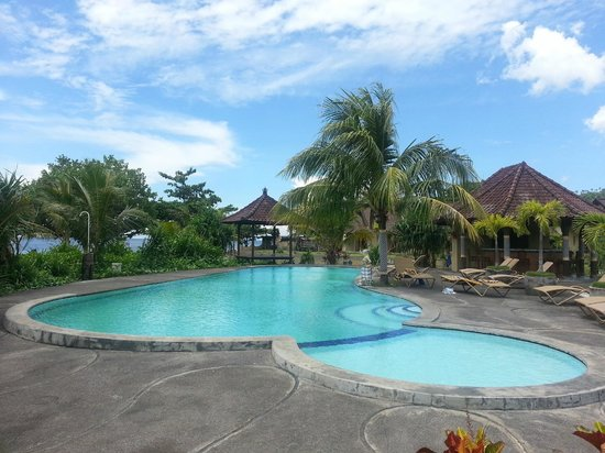 Hôtel Uyah Amed & Spa Resort : Pool