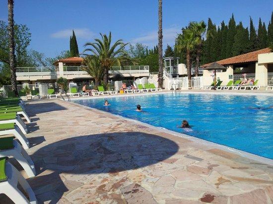 L'Ecolodge l'Etoile d'Argens: la piscine