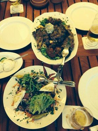 Restaurant Lindos - Inh. Konstantinos Kostinas: Essen Hmm