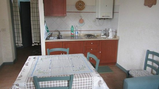 Agriturismo Casa Mattei: Cucina 3