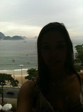 Sofitel Rio de Janeiro Copacabana: Curtindo a vista da varanda!
