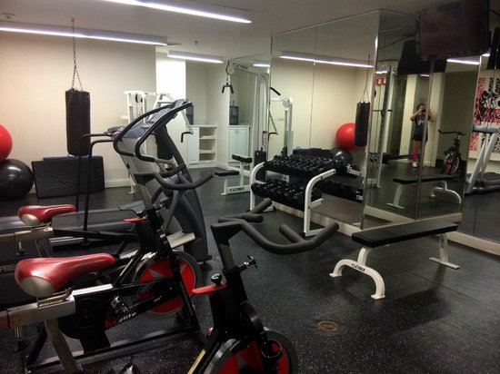 International House Hotel: Hotel Gym