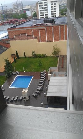 Hotel & Spa Villa Olimpica Suites: Из окна.