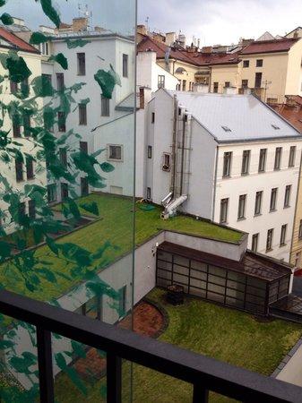 Boscolo Prague, Autograph Collection : Вид из окна был во двор