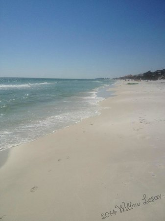 Santa Rosa Beach: Soft beaches to delight your feet!