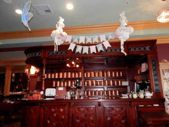 Linde Lane Tea Room: TEAs