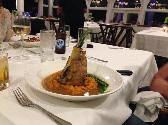 Fager's Island Restaurant & Bar : Pork Shank