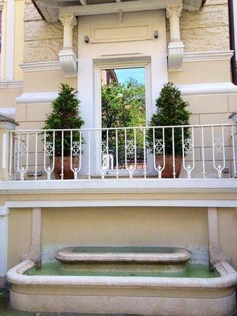 Hotel Villa Duse: entree