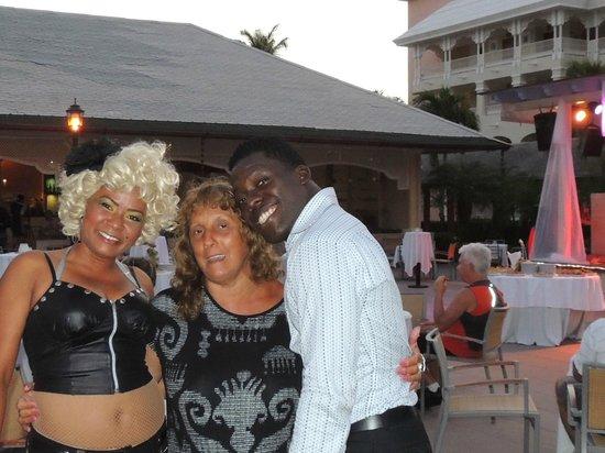 Iberostar Dominicana Hotel: Recreacion al lado del lobby