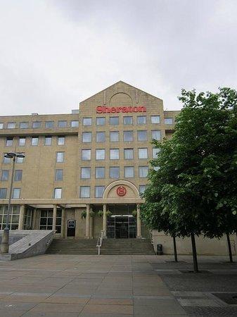 Sheraton Grand Hotel & Spa: Hotel