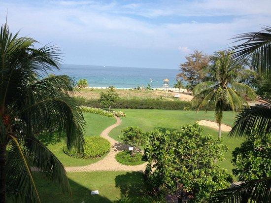 Hilton Phuket Arcadia Resort & Spa: Stunning view from the 4th floor room in Adanam Wing