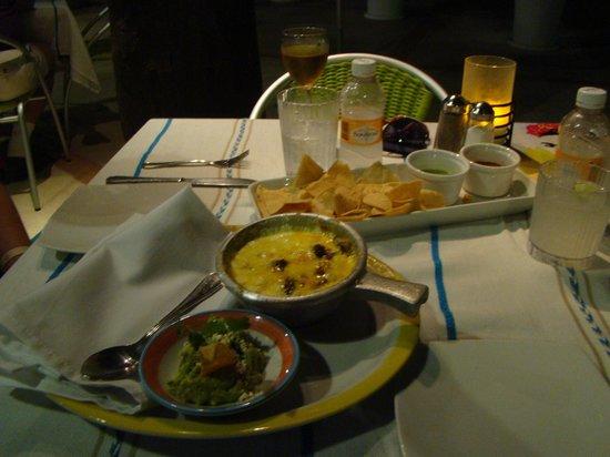 Ocean Breeze Riviera Maya Hotel: Jantar na área da piscina