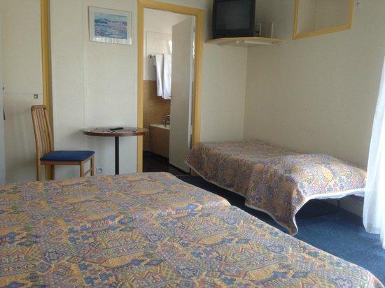 Moderne Hotel: Chambre triple