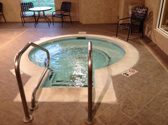 Hilton Garden Inn Clarksville: The jacuzzi
