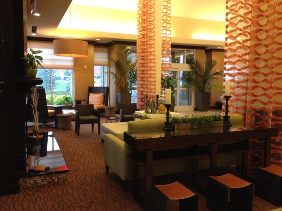 Hilton Garden Inn Clarksville: The lobby
