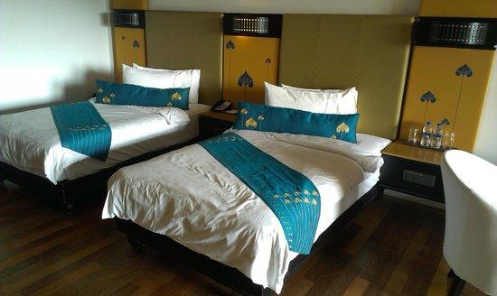 Vasundhara Sarovar Premiere: Deluxe Bedroom