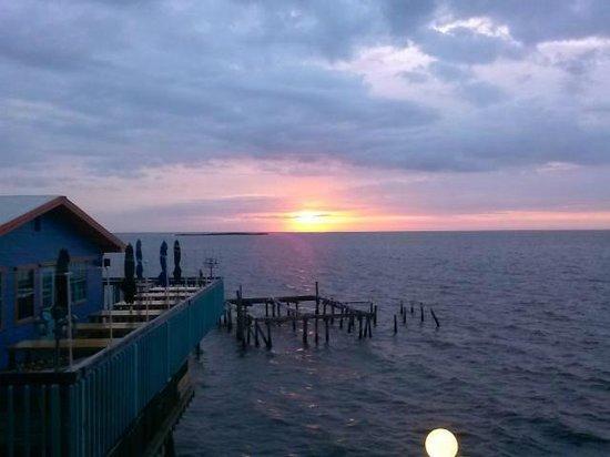 Faraway Inn : great sunrises too