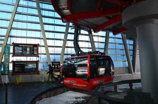 Peak 2 Peak Gondola: 2