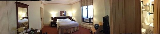 Wolcott Hotel: Room 1119