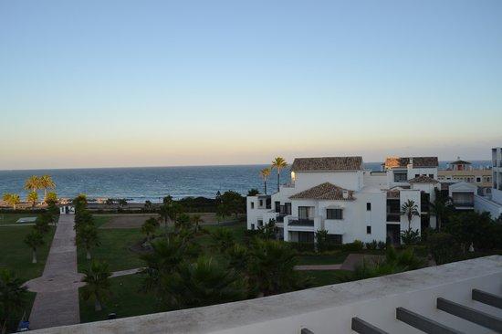 Hotel Fuerte Estepona : Vistas desde la Habitación situada en el eficio principal