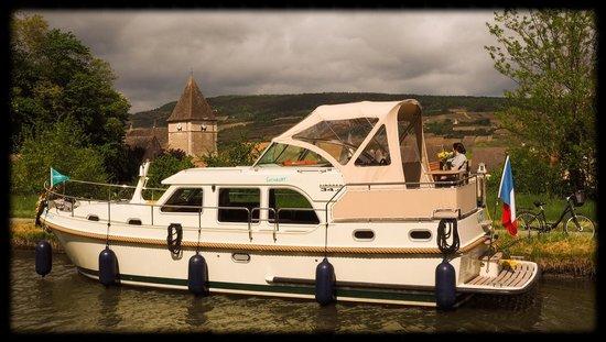 Bourgogne-Franche-Comté, ฝรั่งเศส: Notre bateau à Remigny