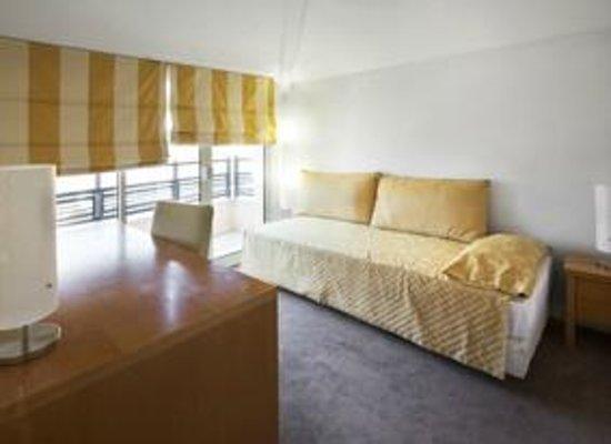 Cannes Croisette Prestige Apparthotel: 5 pièces Duplex chambre single avec balcon