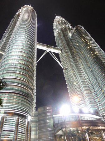 Tours Petronas : twin tower by night