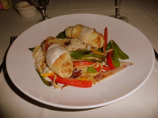 Ivory Grille : Stuffed flounder