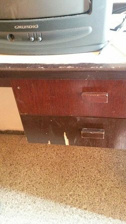 H·TOP Gran Casino Royal: poor state of repair in rooms