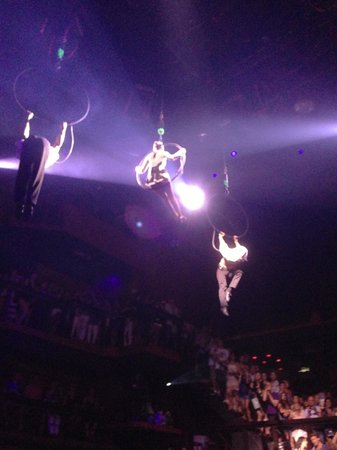 Catalonia Riviera Maya: Go see the show at Coco Bongo - well worth it.