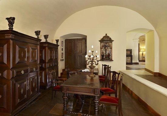 convento do espinheiro a luxury collection hotel spa updated 2017 prices reviews evora. Black Bedroom Furniture Sets. Home Design Ideas