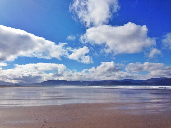 Inch Beach Guesthouse: walking Inch beach
