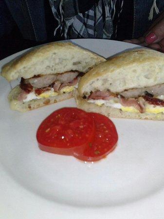 McCarthy's Red Stag Pub and Whiskey Bar: Irish Breakfast sandwich