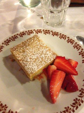 Gli Attortellati: Crostata di crema con fragole