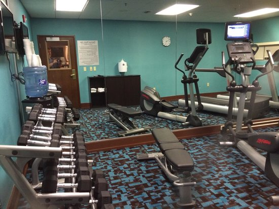 Fairfield Inn & Suites Des Moines West: Exercise room