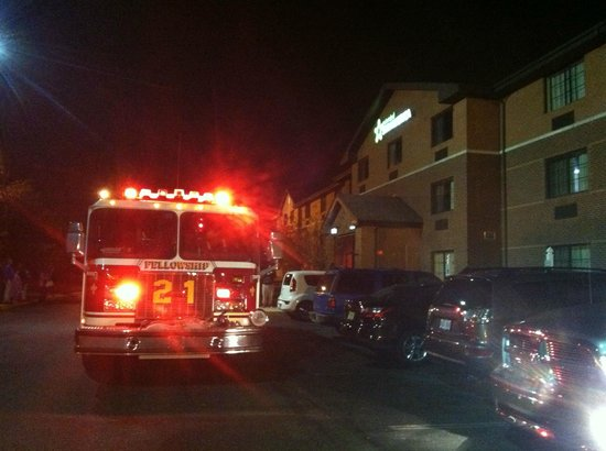 Extended Stay America - Philadelphia - Mt. Laurel - Pacilli Place: Middle of the night evacuation