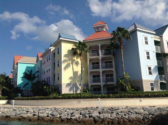 Atlantis - Harborside Resort: Outside of Harborside