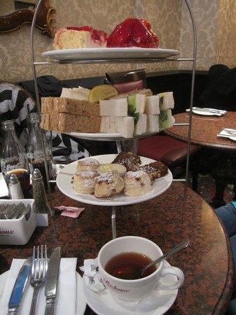 Richoux - Knightsbridge: Tea time pour 2 personnes