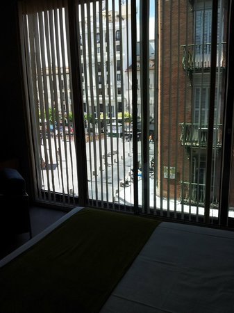 Hotel Room Mate Alicia: вид с кровати на третьем этаже