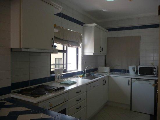Cerro Malpique Aparthotel: Kitchen