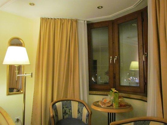 Hotel Mondschein: Vista da nossa janela.