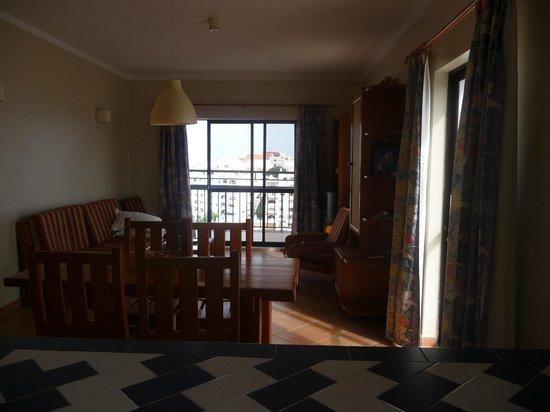 Cerro Malpique Aparthotel : Sirring Room