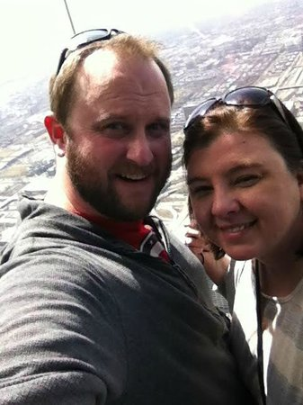Skydeck Chicago - Willis Tower : 103 floors up.