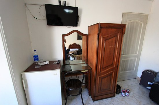 Golestan Hotel: In the room